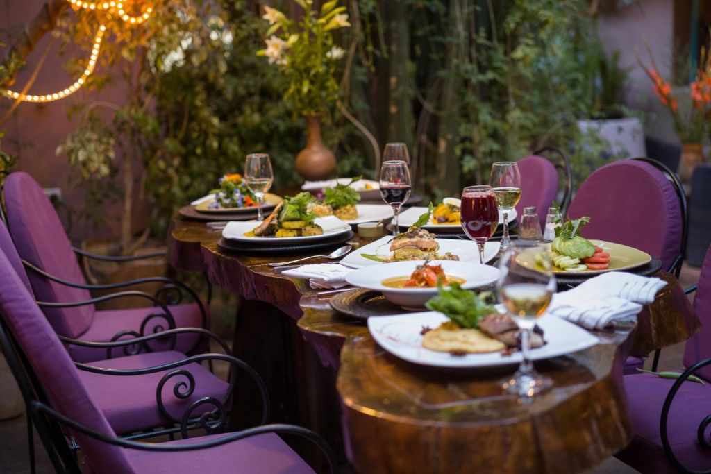 Table setting at Cuchara de Palo Restaurant in Pisac